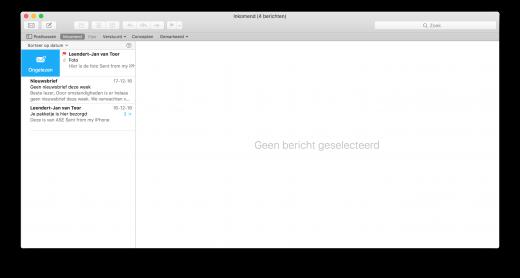 Gebruik een veegbeweging naar rechts op de Mac om een e-mail als (on)gelezen te markeren