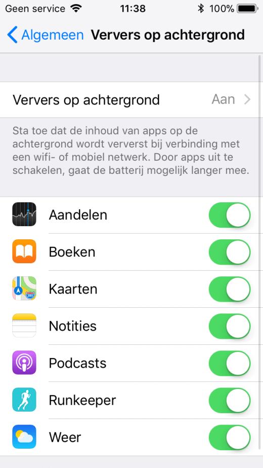 Zeker voor apps die je niet (veel) gebruikt is het verstandig om het verversen op de achtergrond uit te schakelen